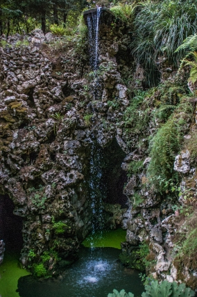 Little waterfall, Quinta da Regaleira - Sintra